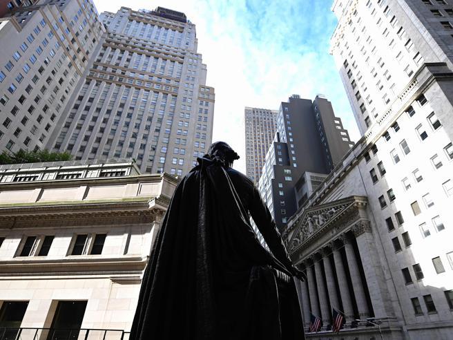 Schiarite su dazi e Brexit, euforia in Borsa. Milano vola con Wall Street: +1,88%