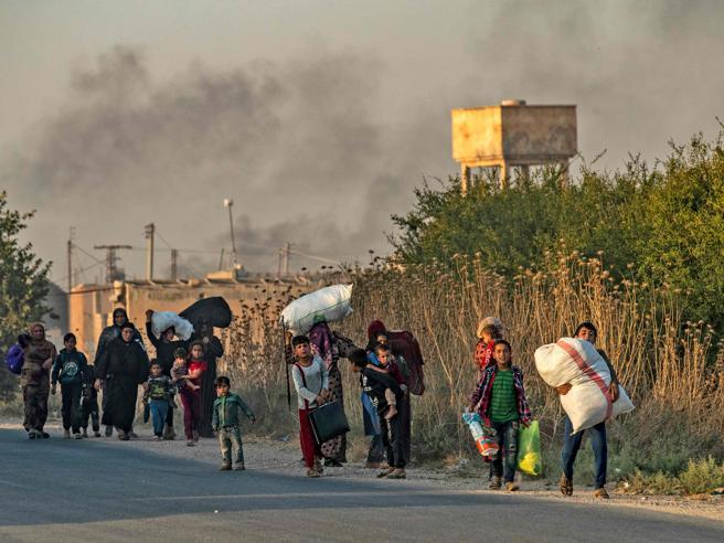 Le bombe e il buio, la fuga dei curdi