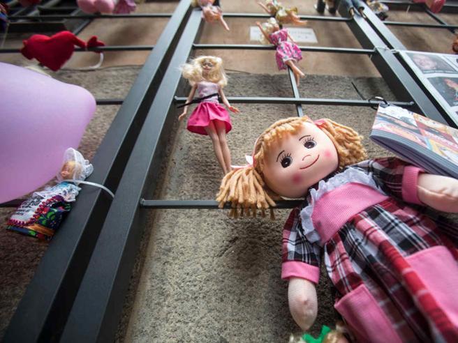 Troppi gli orfani di femminicidio Un network per non lasciarli soli