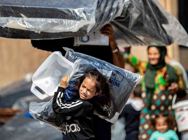 L'Italia: stop alle armi alla Turchia Sul fronte duecentomila sfollati