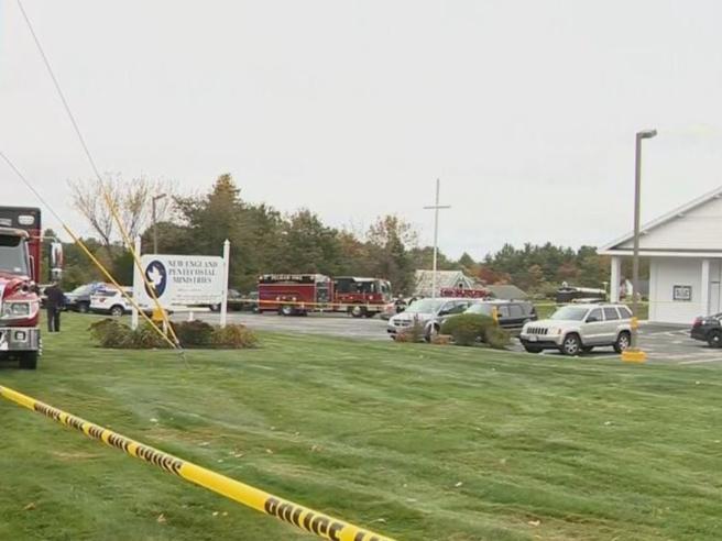 Spari in una chiesa nel New Hampshire: «Ci sono dei feriti»