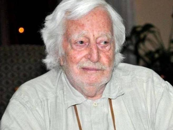 È morto Carlo Croccolo, aveva 92 anni  Fu grande spalla di Toto e Peppino