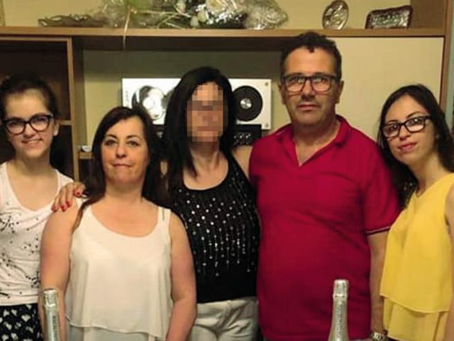 Agente stermina la famiglia e poi si uccide. Il figlio superstite: «Sconvolto»