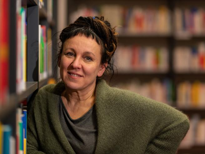Olga Tokarczuk apre la Buchmessedi Francoforte