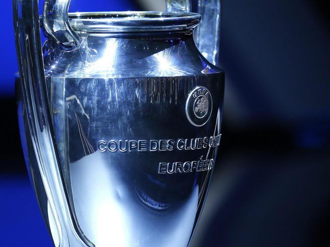 Tensione sulla Champions. Spadafora: «Inopportuno fare  la finale a Istanbul»