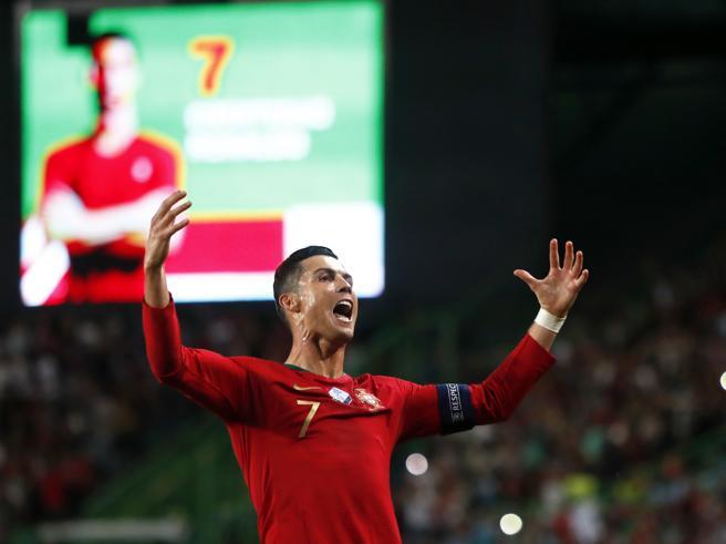 CR700, Cristiano Ronaldo cerca il record di gol (per battere Messi e Pelè)