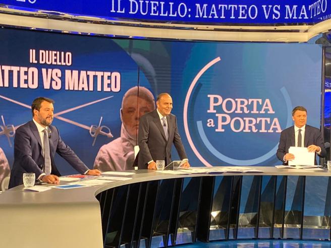 Renzi e Salvini in tv a «Porta a porta» Il leghista: «Il 33% degli italiani è con me». L'ex premier: «E i 49 milioni?»