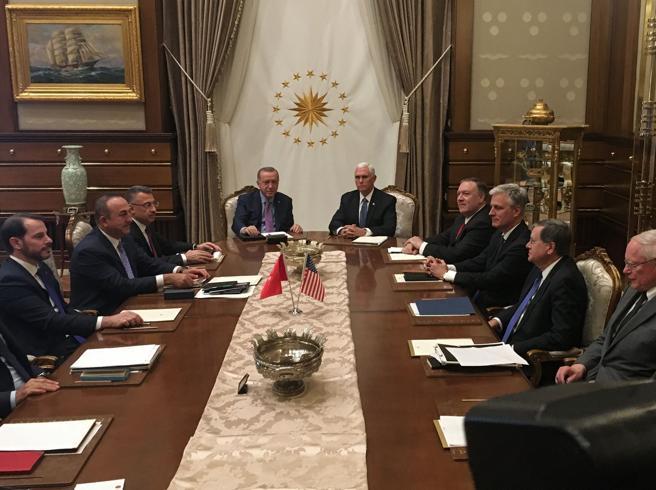 Siria, accordo Usa Turchia per una tregua. Pence: «120 ore p