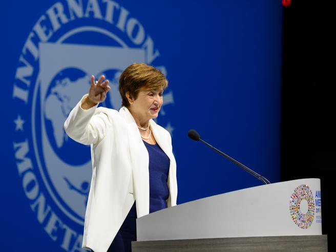 Fmi: «All'Italia serve piano credibile per ridurre debito». E Draghi lancia l'allarme crescita
