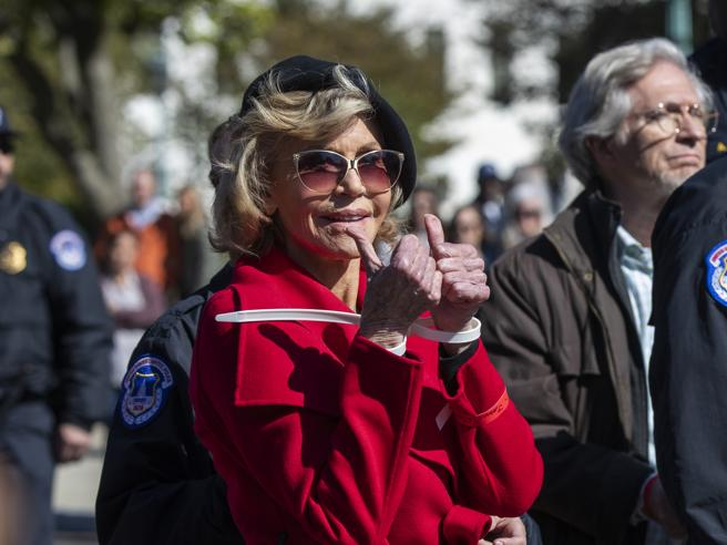 Jane Fonda è felice di essere arrestata per la seconda volta in una settimana