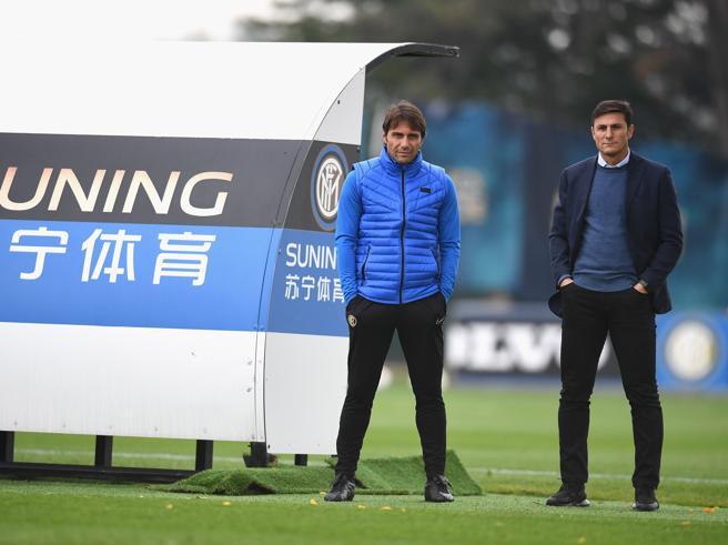 Conte: «Ibra all'Inter? Rispetto per lui ma anche per i miei. Esposito? Ci serve»