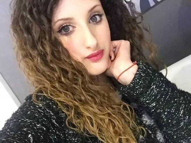 «Prima ti ammazzo, e poi mi ammazzo io»: aveva ucciso la ex, tenta di sgozzare la compagna