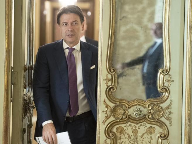 Conte al Copasir: il Russiagate e i 3 punti che il premier dovrà chiarire in audizione