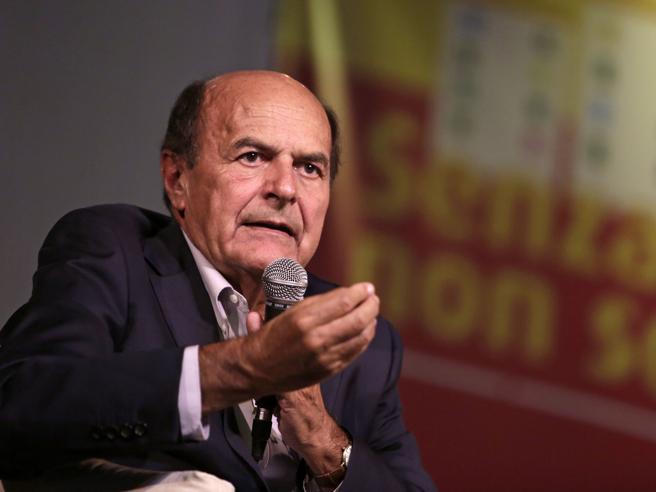 Bersani: «L'Emilia val più di un governo. I 5 Stelle da soli? Idea balzana»