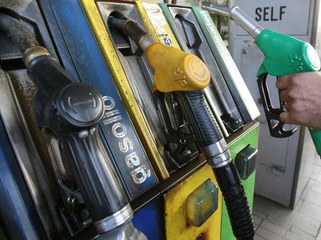 Sciopero benzinai: impianti chiusi in tutta Italia il 6 e il 7 novembre