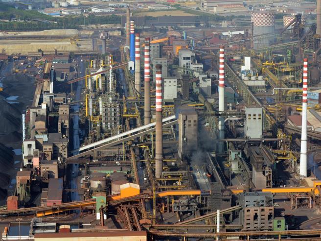 L'addio è ufficiale: depositato da  Arcelor Mittal il  reces