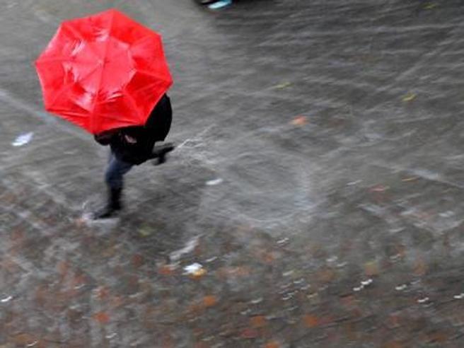 Emergenza maltempo nelle città d'arte. Fiumi di fango a Matera, Venezia allagata  VideoAcqua a  San Marco: le foto