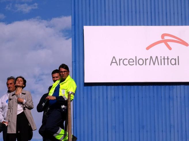 Mittal, più vicino l'incontro E slitta il Consiglio dei ministri