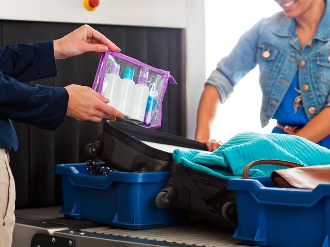 Aeroporti, sicurezza e bagagli: ecco il nuovo check-in - La videoscheda