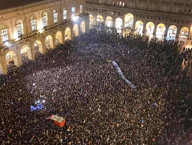 Salvini, nuova sfida(a Modena) contro le «sardine»