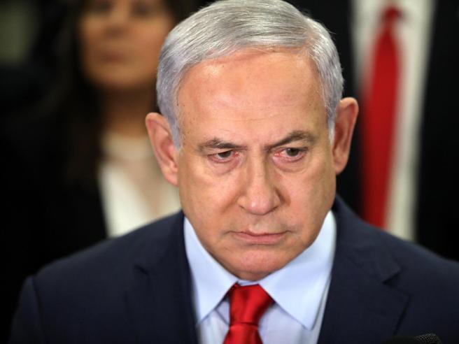 Israele, Netanyahu incriminato per corruzione, frode e abuso d'ufficio