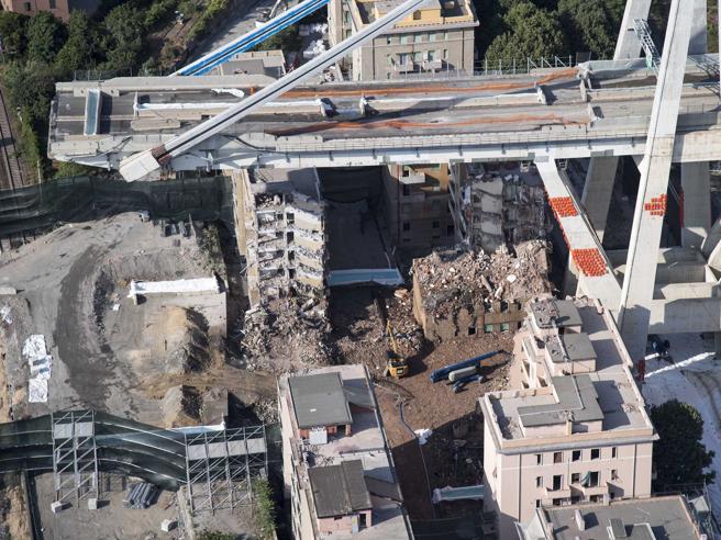 Ponte Morandi Genova, i sensori erano fuori uso dal 2015: tranciati durante i lavori e mai sostituiti