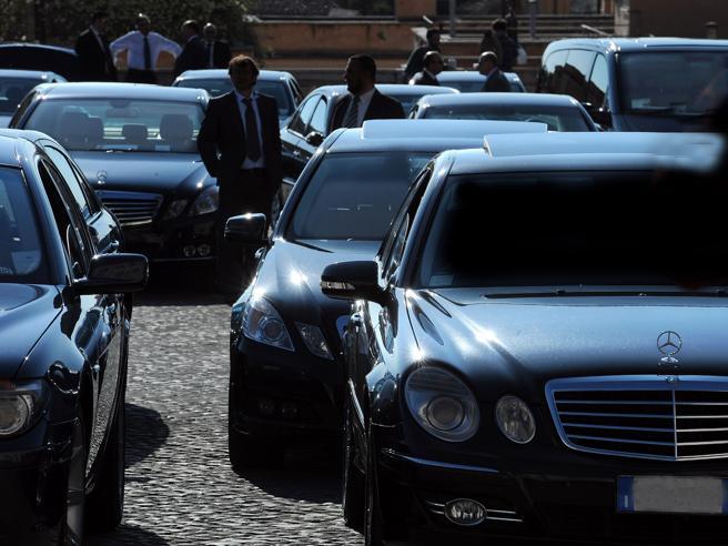 Auto aziendali, ecco gli emendamenti alla manovra: come può cambiare la tassa