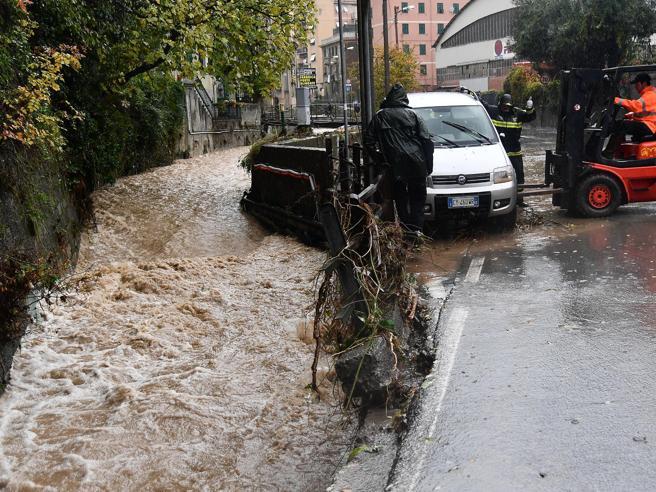 Maltempo,  ancora allerta rosso in Liguria e Piemonte. Alluvioni  in Costa Azzurra