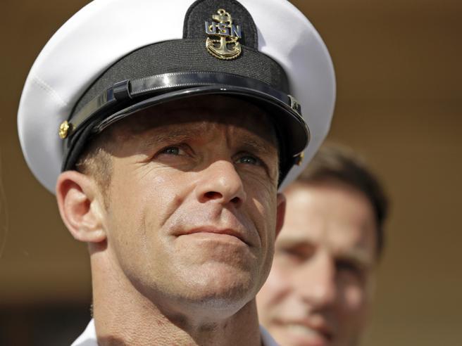 Chi è il soldato Gallagher:  il militare dello scandalo fa litigare Trump e i  generali