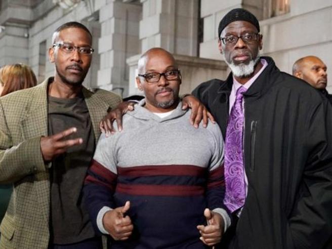 Usa, scarcerati dopo 36 anni di carcere:  erano stati condannati all'ergastolo quando avevano 16 anni
