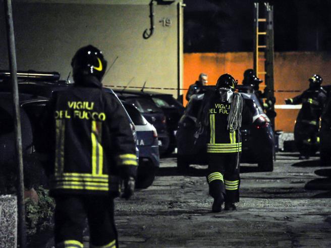 Esplosione in un appartamento  per una fuga di gas: un morto
