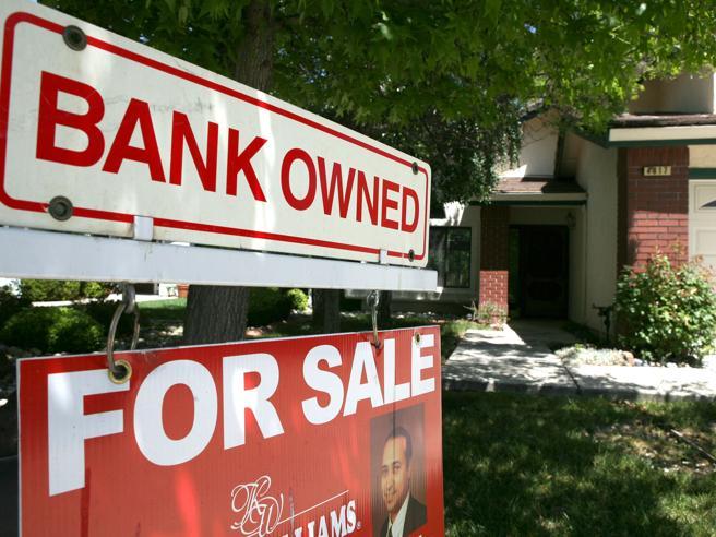 Pignoramenti, la Ue: le banche vendano le case anche senza tribunali