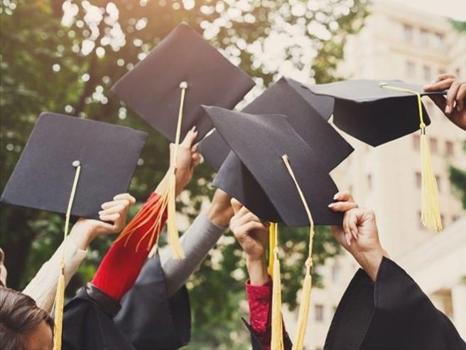 Non solo medici:  ecco quali saranno  i laureati più richiesti nei prossimi 5 anni
