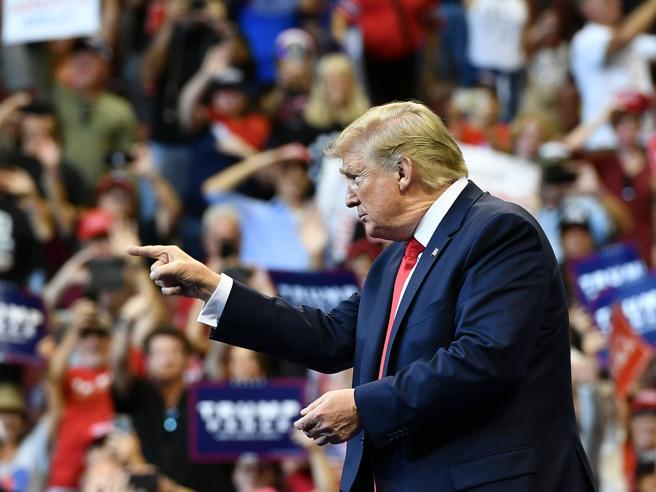 Hong Kong: Trump firma la legge per i diritti umani, la Cina protesta e convoca l'ambasciatore Usa