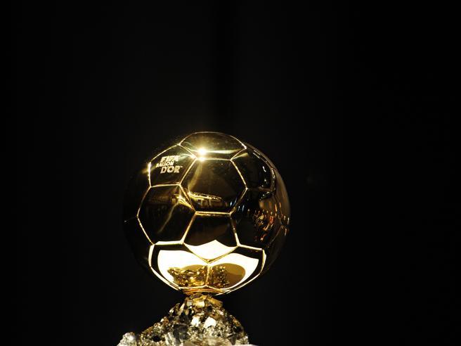 Pallone d'oro, la classifica completa: vince Messi.  15° De Ligt (ma è il miglior Under 21), 24° Koulibaly