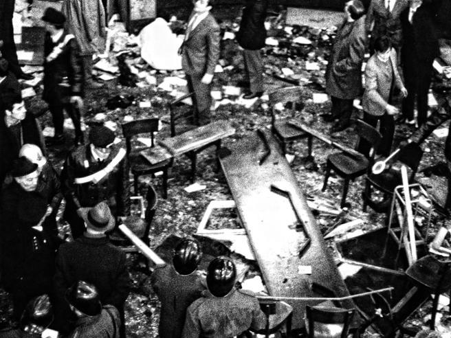 Piazza Fontana, la strage neraIl dovere della memoria