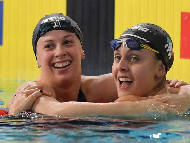 Sorelle d'Italia padrone agli Europei nuoto: oro Carraro e Castiglioni argento nei 100 rana. Pellegrini seconda nei 200 stile