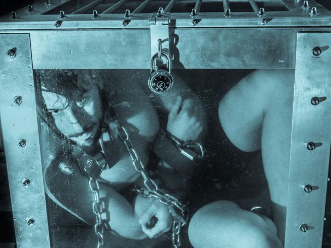 Andrew Basso, l'Houdini venuto da Trento: «Mago per stupire la mamma»