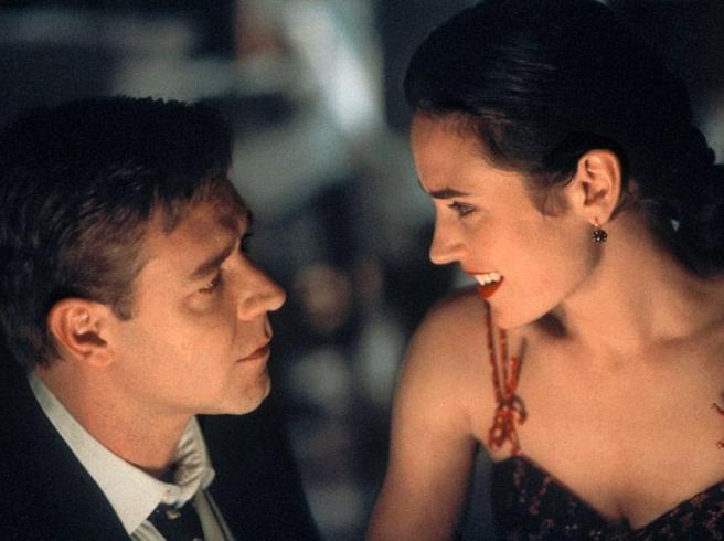 """""""A Beautiful mind"""": Le nozze dopo le riprese e Crowe che non vuole incontrare il vero John Nash. I 13 segreti del film"""
