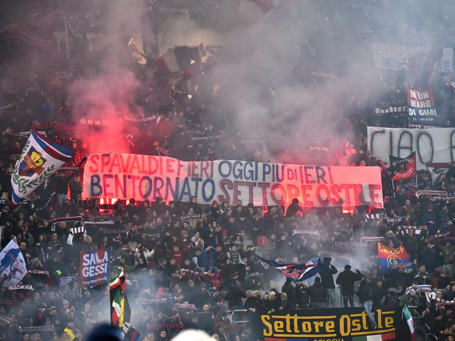 Rissa tra tifosi del Milan a Bologna:  un accoltellato, non è in pericolo di vita