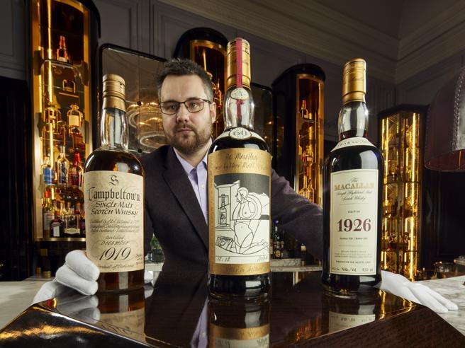 Whisky, all'asta collezione di bottiglie pregiate da 10 milioni di dollari