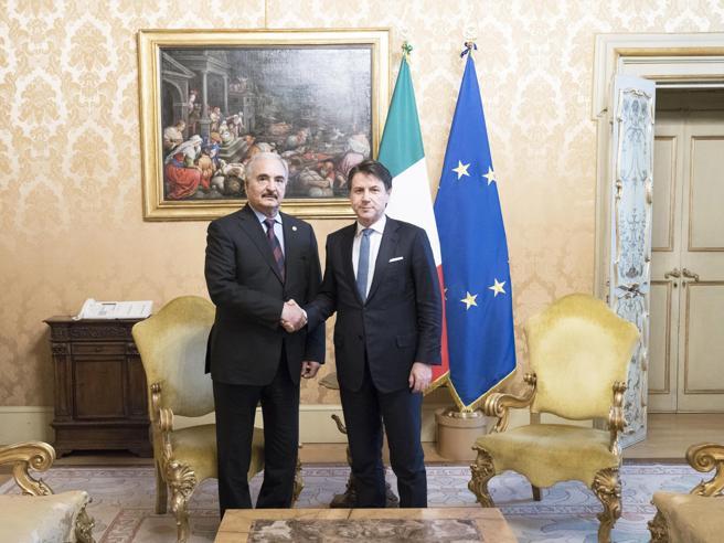 Conte vede Haftar, l'ira di Tripoli, poi voci e smentite su Sarraj rapito