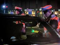 La notte ad alto tasso alcolico dei giovani milanesi: scuse, insulti e tentativi di fuga