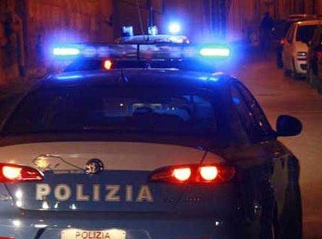 Milano, minorenne svenuta violentata su un furgone  da un pregiudicato