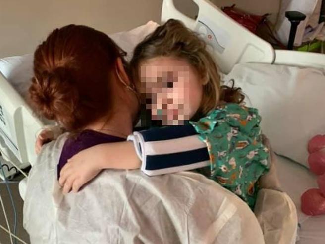 Jade, cieca a 4 anni per l'influenza. I genitori: «Vaccinate i vostri figli»