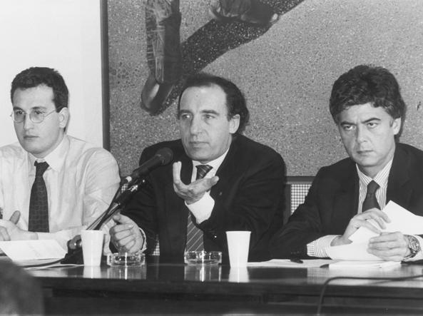 Claudio Martelli (a destra) con Pillitteri e Bobo Craxi nel 2006