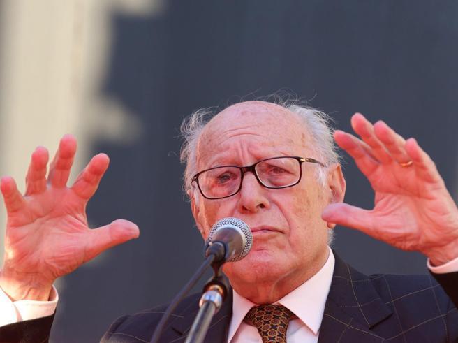 Morto il filosofo Emanuele Severino