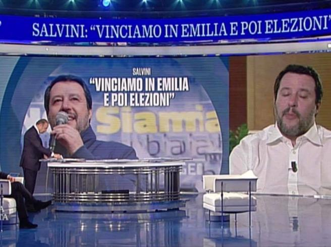 Salvini nell'intervallo di Juve Roma, il Pd contro la Rai: «