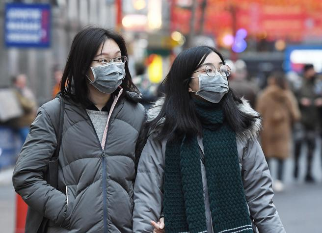 Virus Cina, l'allarme è globale. Così il mondo si difende. In Cina cinque città in «quarantena»