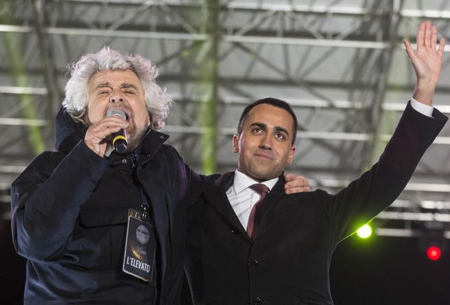 Nel M5S Beppe Grillo ringrazia Di Maio (ma era contrario all'addio)